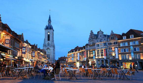 Tournai - Grand Place © A. Siquet